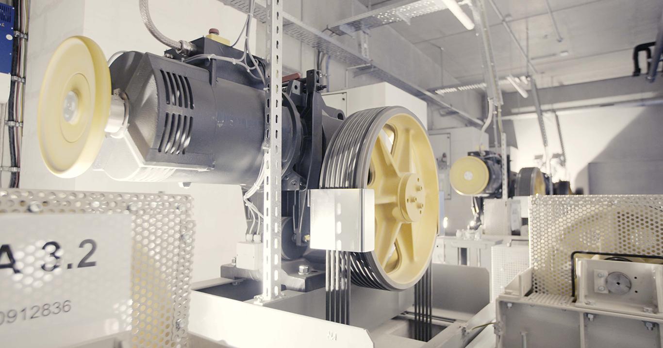 WiSOLAR-Referenz-Segmueller-Generatoren-Detail-innen-2