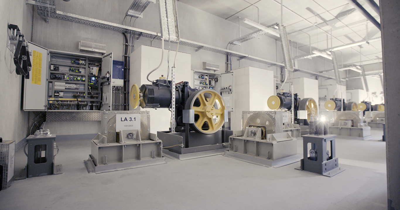 WiSOLAR-Referenz-Segmueller-Generatoren-innen-2